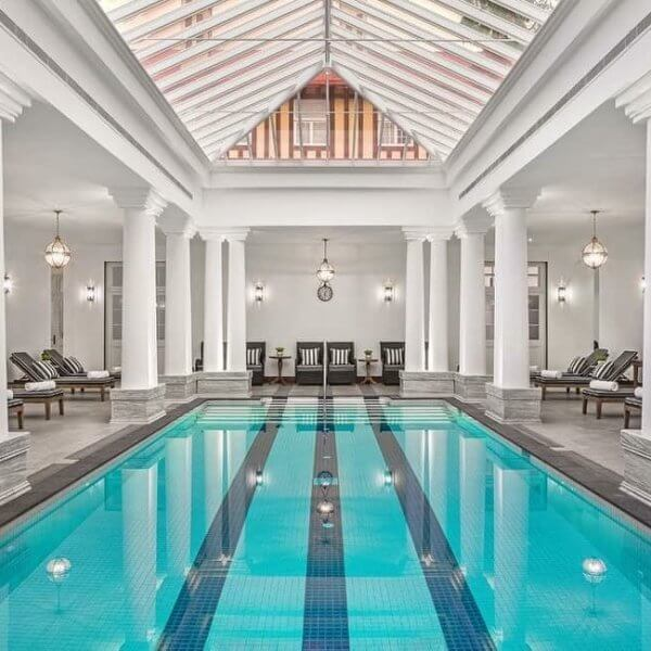 The Grand Hotel Swimming Pool | The Silkroad